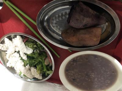 燕南面食窗口无糖黑豆粥:白糖自己加.JPG